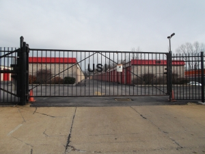 Great Value Storage - Youngstown - Photo 2