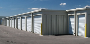 Image of Roswell Self-Storage / Mini Warehouse Facility on 90 Oak Street  in Roswell, GA - View 3