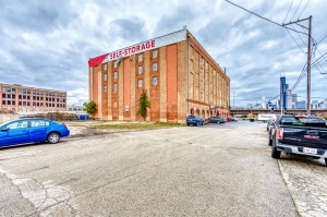 Image of Devon Self Storage - Canal St Facility at 1601 South Canal Street  Chicago, IL