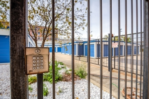 Image of Devon Self Storage - Canal St Facility on 1601 South Canal Street  in Chicago, IL - View 4