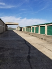 Image of Great Value Storage - Texas City - 9010 Emmett F Lowry Expy Facility on 9010 Emmett F Lowry Expy  in Texas City, TX - View 3