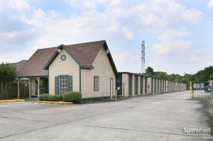 Image of Great Value Storage - Pasadena - 941 Fairmont Parkway Facility on 941 Fairmont Parkway  in Pasadena, TX - View 3
