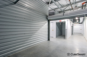 Image of CubeSmart Self Storage - Raleigh - 7901 Glenwood Ave Facility on 7901 Glenwood Ave  in Raleigh, NC - View 4
