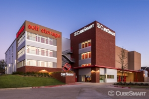 Image of CubeSmart Self Storage - Fort Worth - 3954 Reggis Ct Facility at 3954 Reggis Ct  Fort Worth, TX