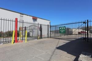 Picture of Great Value Storage - Northwest Houston, Wirt