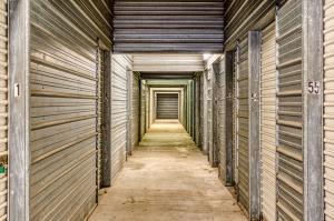 Devon Self Storage - Austin - Photo 10