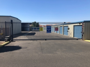 Purely Storage - Porterville - Photo 10