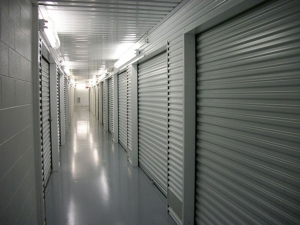 Extra Space Storage - Baytown - East Freeway - Photo 3