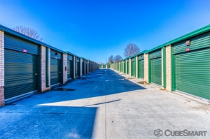 CubeSmart Self Storage - Olathe - Photo 2