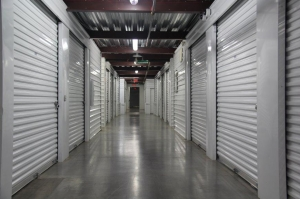 Image of Life Storage - Scottsdale - North 74th Street Facility on 10456 North 74th Street  in Scottsdale, AZ - View 4