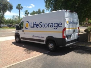 Life Storage - Glendale - West Behrend Drive - Photo 5