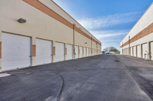 Life Storage - Cave Creek - North Black Mountain Parkway - Photo 8