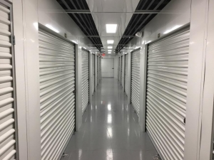 Life Storage - St. Petersburg - Tyrone Boulevard North - Photo 4