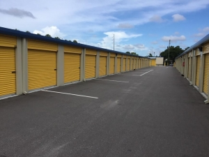 Life Storage - St. Petersburg - Tyrone Boulevard North - Photo 6