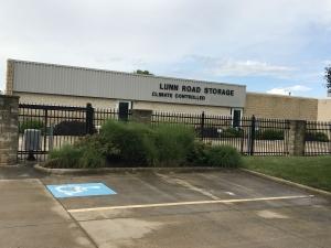 Lunn Road Storage