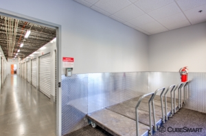 Image of CubeSmart Self Storage - Jacksonville - 3211 San Pablo Road South Facility on 3211 San Pablo Road South  in Jacksonville, FL - View 4