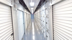 Image of Life Storage - Tampa - West Kennedy Boulevard Facility on 1705 West Kennedy Boulevard  in Tampa, FL - View 4
