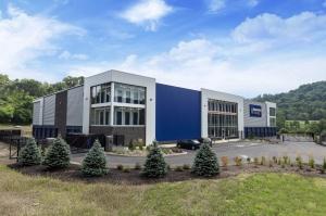 Image of Guardian Storage - Robinson Facility on 401 Coraopolis Road  in Coraopolis, PA - View 2