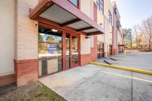 Image of Life Storage - Marietta - Johnson Ferry Road Facility on 3148 Johnson Ferry Road  in Marietta, GA - View 2
