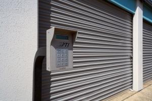 Fort Worth Bargain Storage - 8900 Creek Run Road - Photo 4