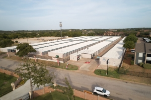 Fort Worth Bargain Storage - 8900 Creek Run Road - Photo 7
