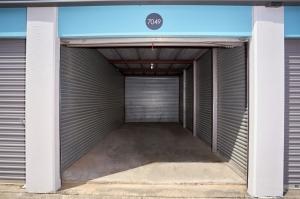 Fort Worth Bargain Storage - 8900 Creek Run Road - Photo 8