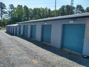 Image of Chapel Hill Self Storage Facility on 1707 Eubanks Road  in Chapel Hill, NC - View 2