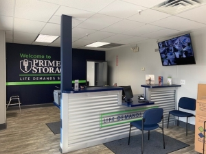 Prime Storage - Hyde Park - Photo 1