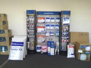 Life Storage - Hamden - Photo 4