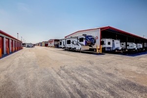 Image of All Storage - Sara Road - 10221 W Highway 66 St Facility on 10221 W Highway 66 St  in Yukon, OK - View 3