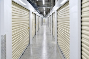Edgemark Self Storage - Glendale - Photo 4