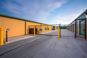 Simply Self Storage - 230 45th Street - Munster - Photo 9