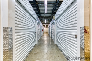 Image of CubeSmart Self Storage - Oakland Park Facility on 5061 Northeast 13th Avenue  in Oakland Park, FL - View 2