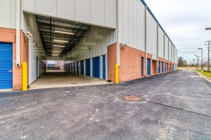 Storage Sense - Eastpointe - Photo 9