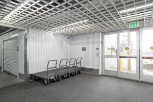StorQuest - La Mesa / Commercial - Photo 2