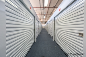 CubeSmart Self Storage - Chicago - 4100 W Diversey Ave - Photo 2