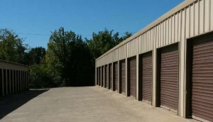 Picture of RightSpace Storage - Denton 2