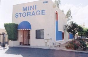 Cheap Storage Units At Paradise Mini Storage Glendale