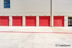 CubeSmart Self Storage - Austin - 2525 S I-35 - Photo 3