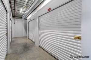 CubeSmart Self Storage - Austin - 2525 S I-35 - Photo 4