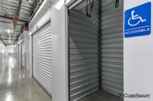 CubeSmart Self Storage - Austin - 2525 S I-35 - Photo 5