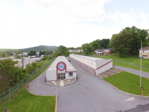 Image of Susquehanna Valley Self Storage Facility on 625 Lowther Road  in Lewisberry, PA - View 4