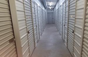 Top Value Storage - 1003 N 38th St. - Photo 5