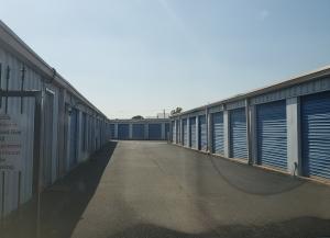 Top Value Storage - 1003 N 38th St. - Photo 10