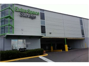 Picture of Extra Space Storage - Portland - SW Barbur Blvd