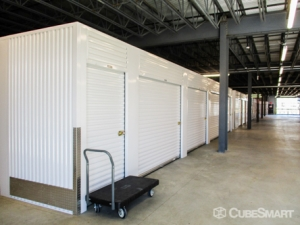Image of CubeSmart Self Storage - Crowley - 401 W Rendon Crowley Rd Facility on 401 W Rendon Crowley Rd  in Crowley, TX - View 4