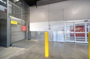 Prime Storage - Bronx - Zerega Ave - Photo 9