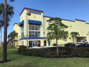Value Store It - Pompano Beach West - Photo 2