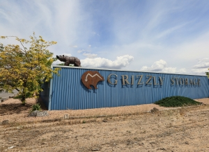 Grizzly Storage - Pino Avenue