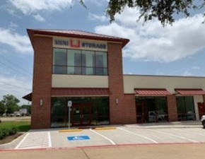 Image of Mini U Storage - Arlington Facility at 7812 South Cooper Street  Arlington, TX